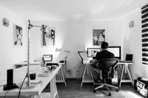Managed hosting FAQ Man in office